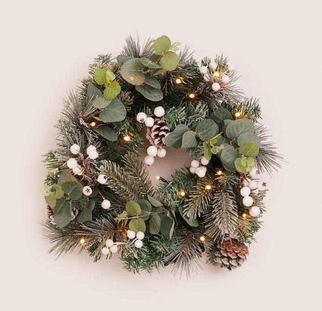 Snow Berry Wreath by M&S Christmas wreath 2020