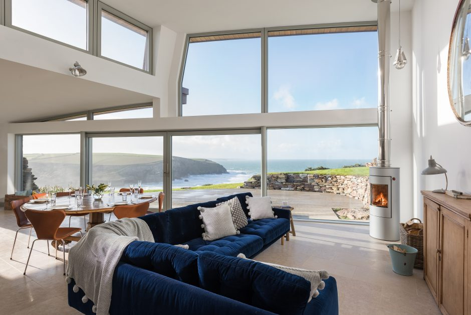 remote staycations UK The Looking Glass Cornwall