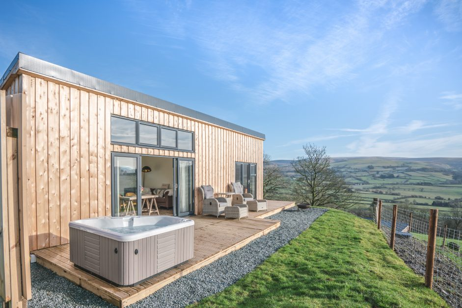 Shepherds Hill remote staycations UK