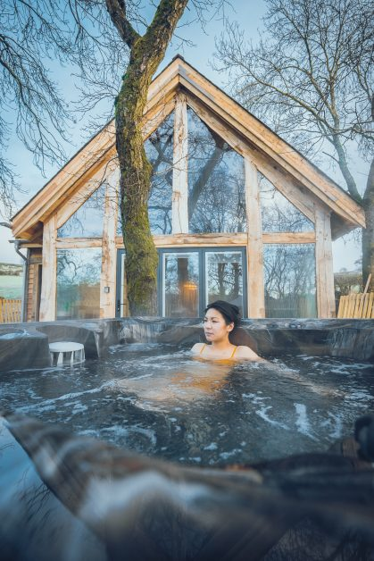 Hot tub Prince Llywelyn luxury treehouse