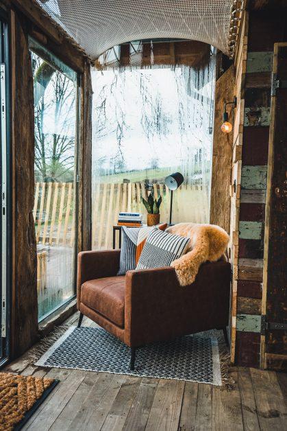 chair under hammock Hot tub Prince Llywelyn luxury treehouse