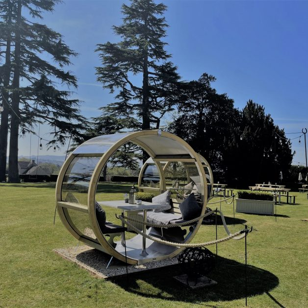 luxury UK outdoor dining UK Ellenborough Park
