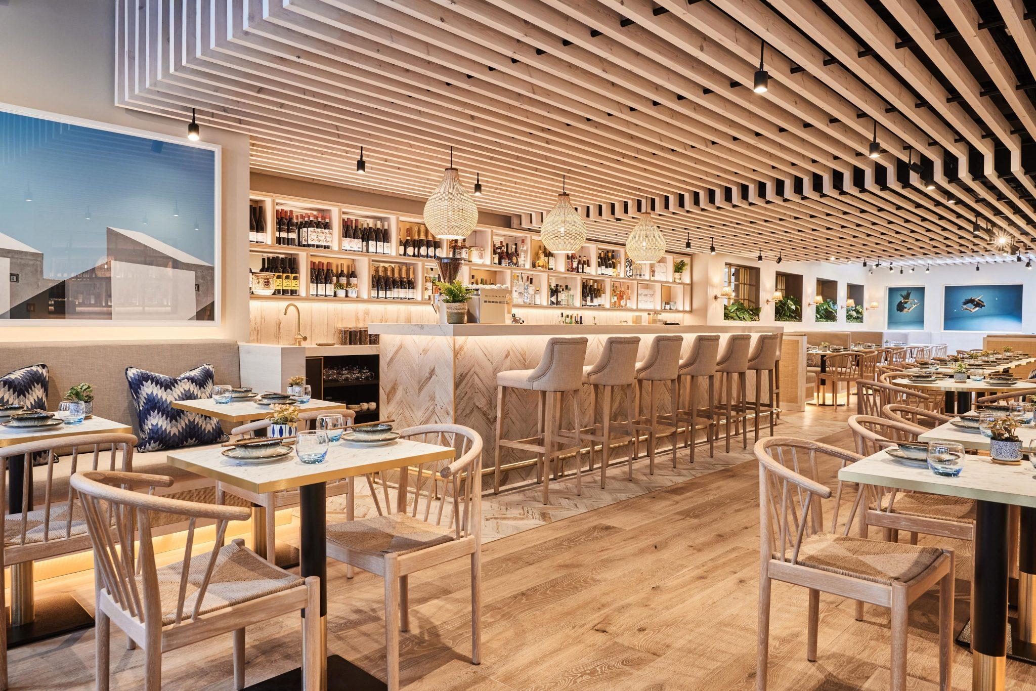 HUO restaurant interiors and bar