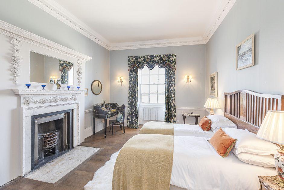 Kirklington Park bedroom