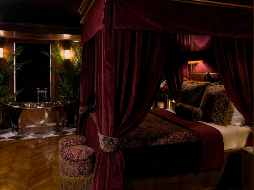 where to stay Scotland House of Gods Hotel Edinburgh