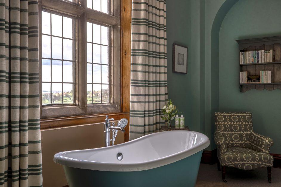 Callow Hall bath