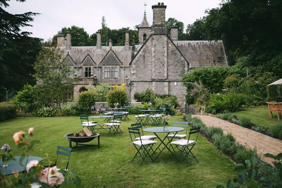 Callow Hall outside dining