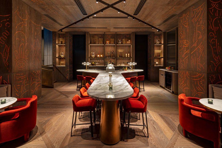 The Londoner, Y Bar